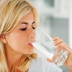 Alasan Ilmiah Puasa Tetap Minum Air Menurut Agama Buddha