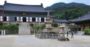 10 Candi Buddha yang Paling Terkenal di Dunia